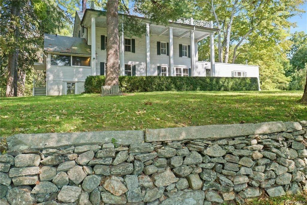 Single Family Home for Sale at 233 Long Ridge Road Bedford, New York, 10506 United States