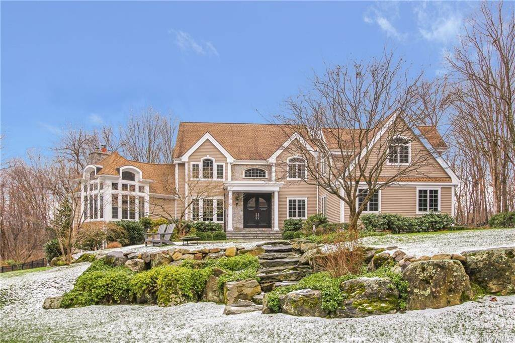 Single Family Home for Sale at 14 Allison Lane Mount Kisco, New York, 10549 United States