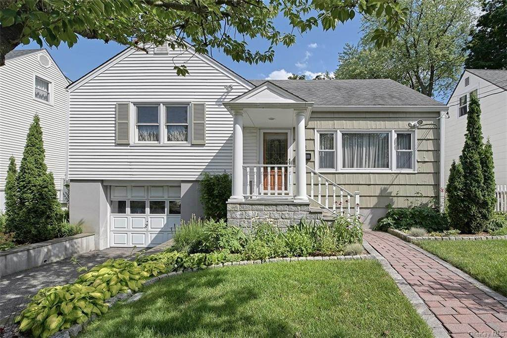 Single Family Home at 15 Blossom Terrace, Mamaroneck, NY 10538 Larchmont, New York, 10538 United States