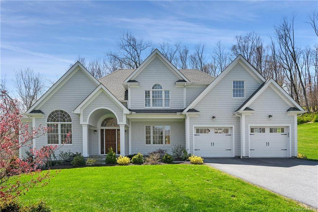 Single Family Home for Sale at 76 Mayflower Lane Katonah, New York, 10536 United States