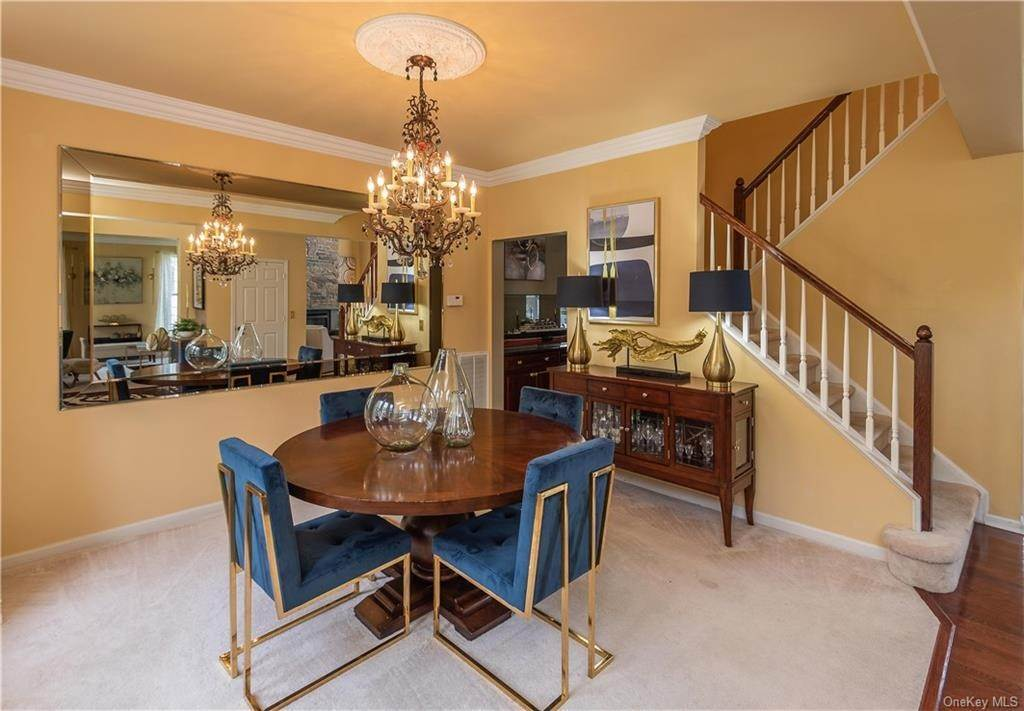 10. Single Family Home for Sale at 16 Heather Ridge Highland Mills, New York, 10930 United States