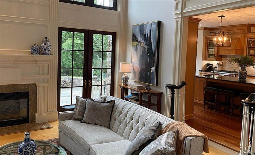 10. Single Family Home for Sale at 75 Summit Road Tuxedo Park, New York, 10987 United States