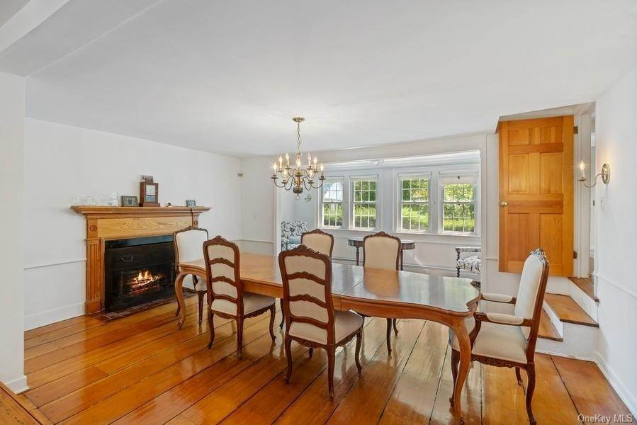 10. Single Family Home for Sale at 93 Wilmot Road New Rochelle, New York, 10804 United States