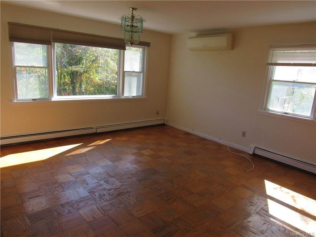 10. Single Family Home for Sale at 1523 Henry Avenue Mamaroneck, New York, 10543 United States