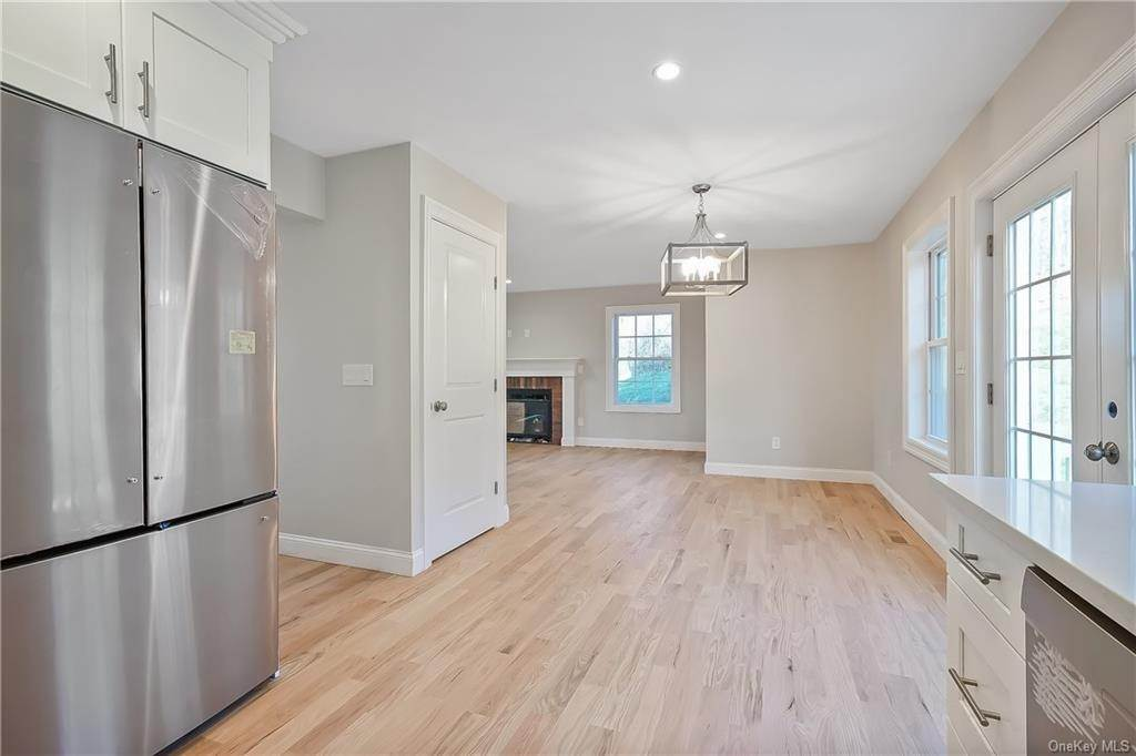 11. Single Family Home for Sale at 64 Hawkes Avenue Ossining, New York, 10562 United States