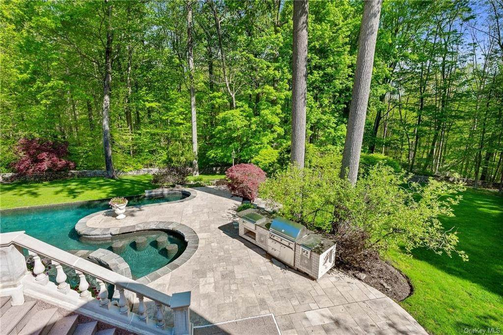 11. Single Family Home for Sale at 115 Lower Shad Road Pound Ridge, New York, 10576 United States