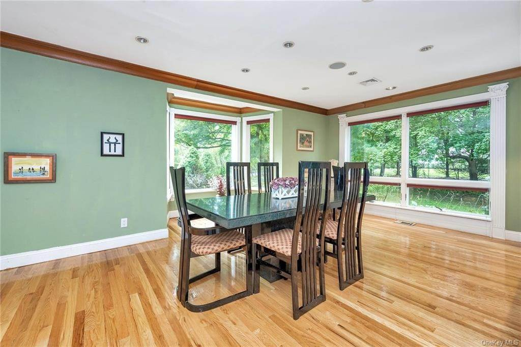 11. Rental Communities for Rent at 254 Fort Hill Road Scarsdale, New York, 10583 United States