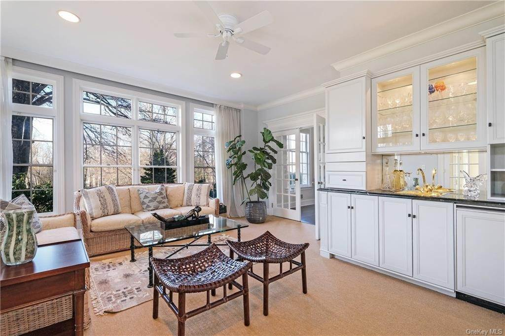 11. Rental Communities for Rent at 17A Heathcote Road Scarsdale, New York, 10583 United States