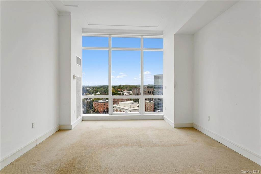 11. Single Family Home for Sale at 5 Renaissance Square White Plains, New York, 10601 United States