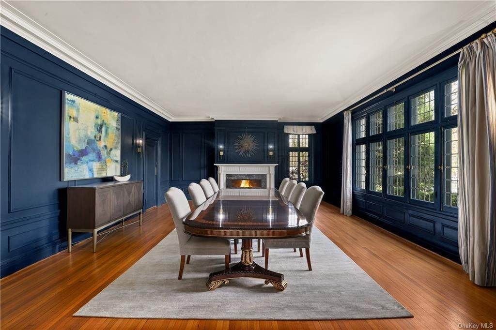 12. Single Family Home for Sale at 10 Broad Brook Road Bedford Hills, New York, 10507 United States