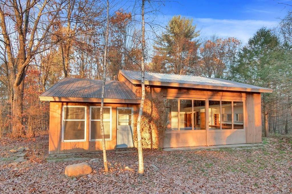 12. Single Family Home for Sale at 109 Monahan Road Port Jervis, New York, 12771 United States