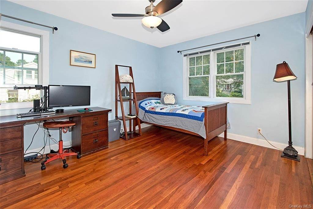 12. Single Family Home for Sale at 2 Pine Ridge Road Rye Brook, New York, 10573 United States