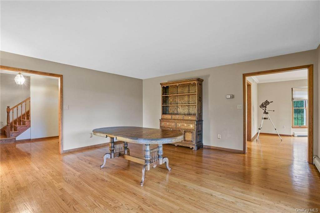 12. Single Family Home for Sale at 184 Sarah Wells Trail Campbell Hall, New York, 10916 United States