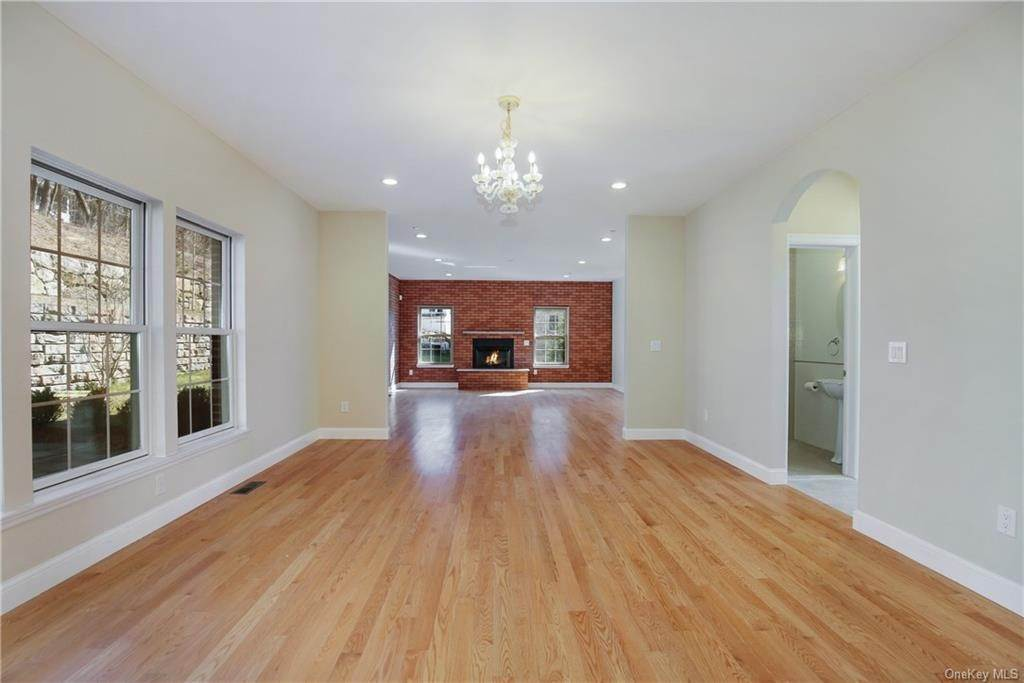 12. Single Family Home for Sale at 223 Sprain Road Scarsdale, New York, 10583 United States