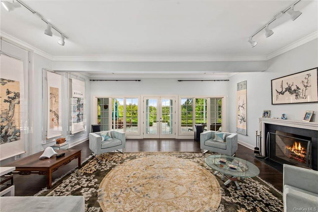 13. Rental Communities for Rent at 180 Davids Hill Road Bedford Hills, New York, 10507 United States