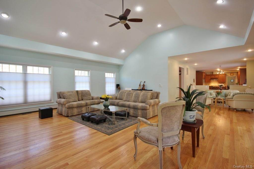 13. Single Family Home для того Продажа на 1774 Pleasantville Road Briarcliff Manor, Нью-Йорк, 10510 Соединенные Штаты