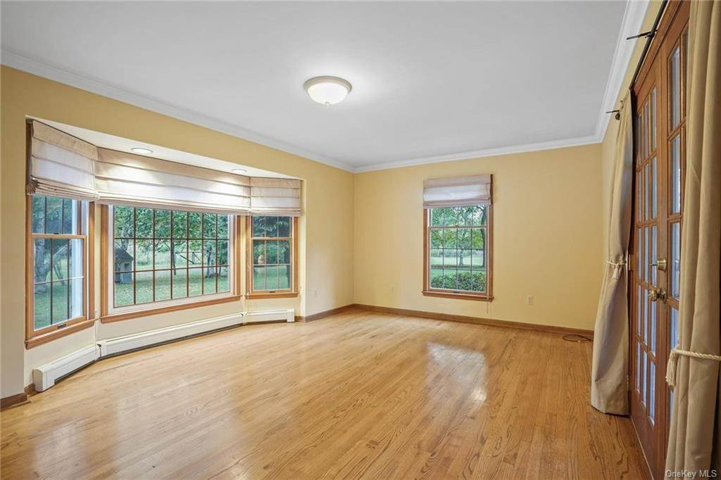 13. Single Family Home for Sale at 184 Sarah Wells Trail Campbell Hall, New York, 10916 United States