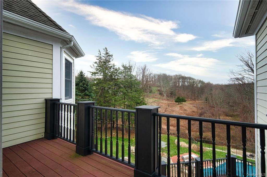 14. Single Family Home for Sale at 496 Long Ridge Road Bedford, New York, 10506 United States