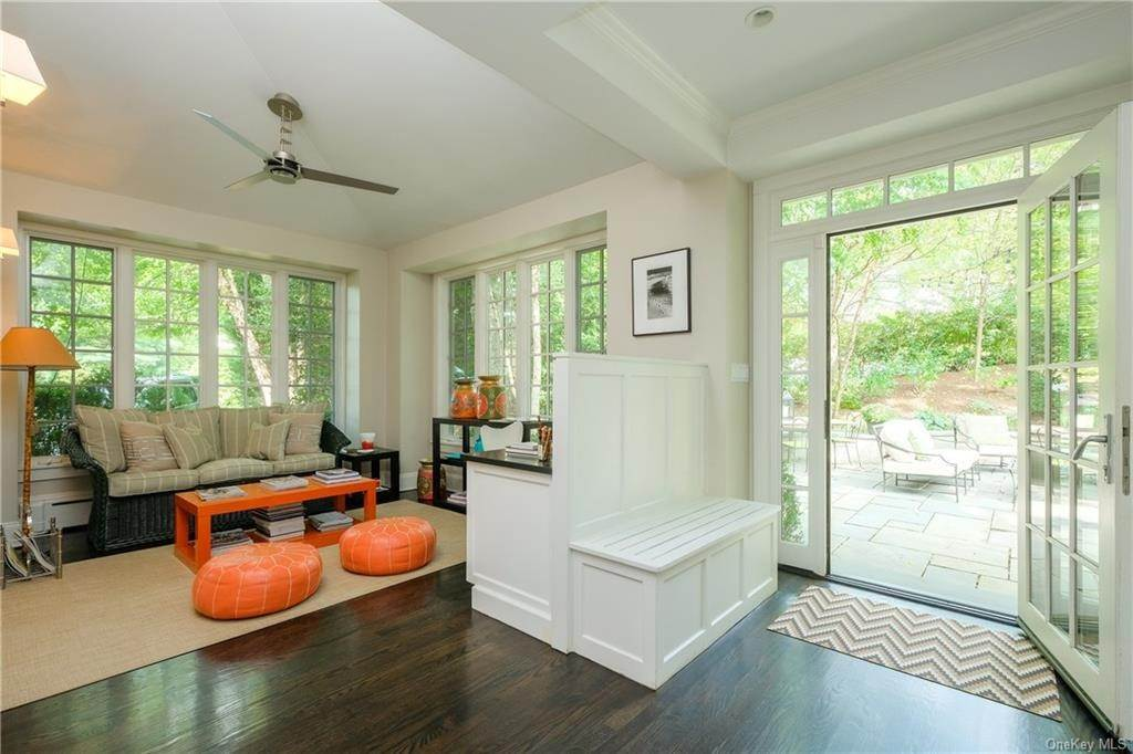14. Single Family Home por un Venta en 2 Governors Road Bronxville, Nueva York, 10708 Estados Unidos