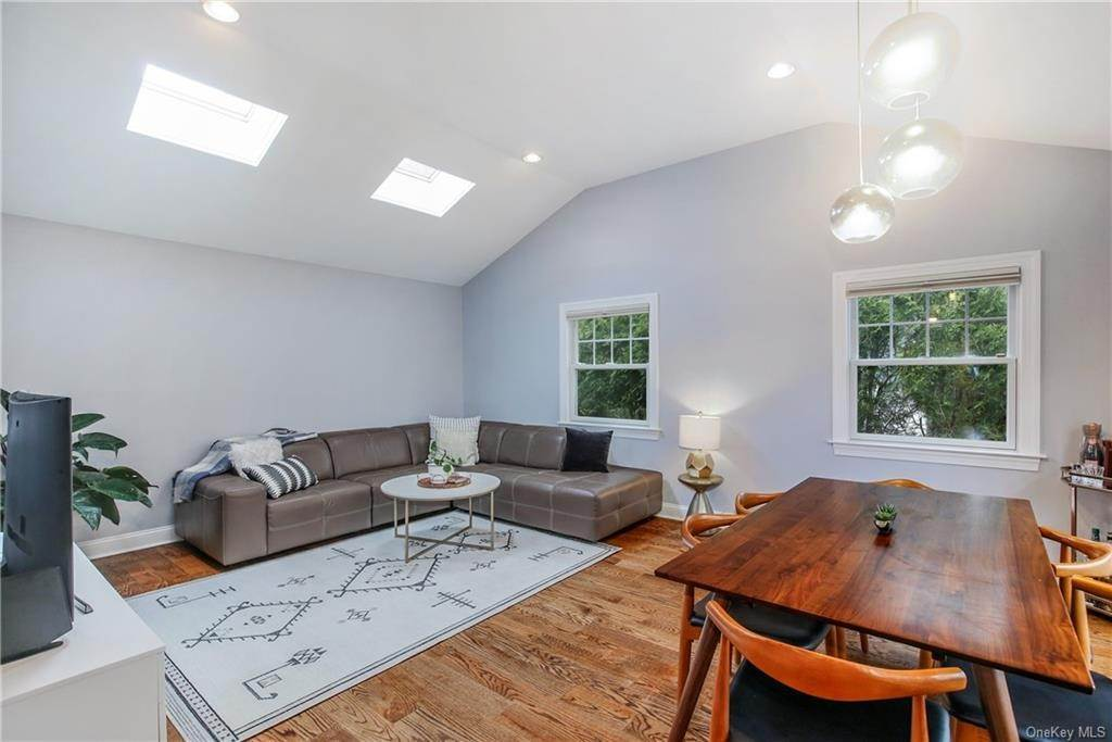 14. Single Family Home por un Venta en 200 Glendale Road Scarsdale, Nueva York, 10583 Estados Unidos