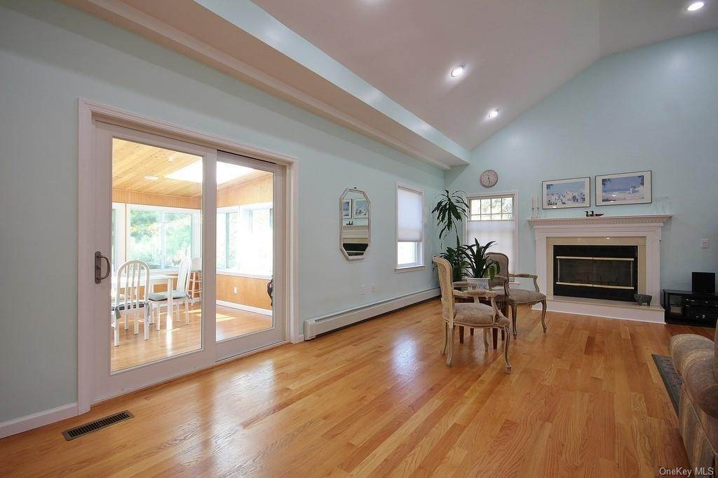 14. Single Family Home для того Продажа на 1774 Pleasantville Road Briarcliff Manor, Нью-Йорк, 10510 Соединенные Штаты