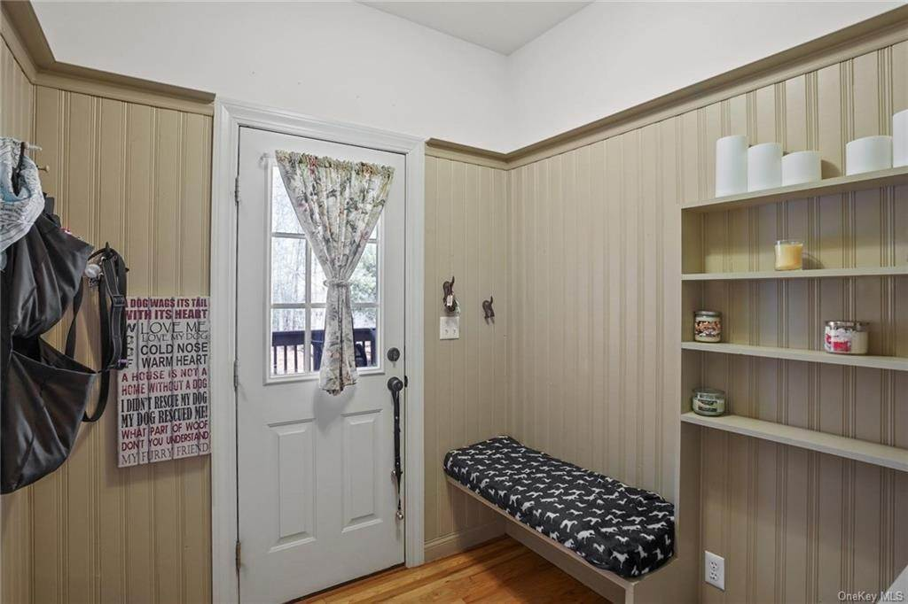 15. Single Family Home for Sale at 19 Coleman Drive Campbell Hall, New York, 10916 United States