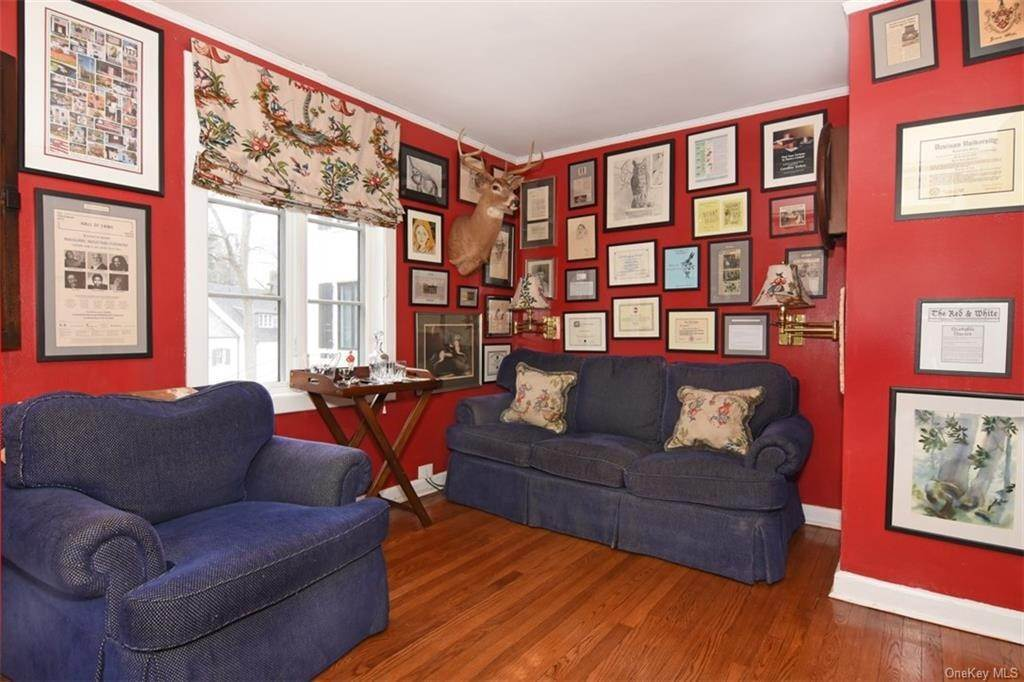 15. Single Family Home for Sale at 5 Park Avenue Terrace Bronxville, New York, 10708 United States
