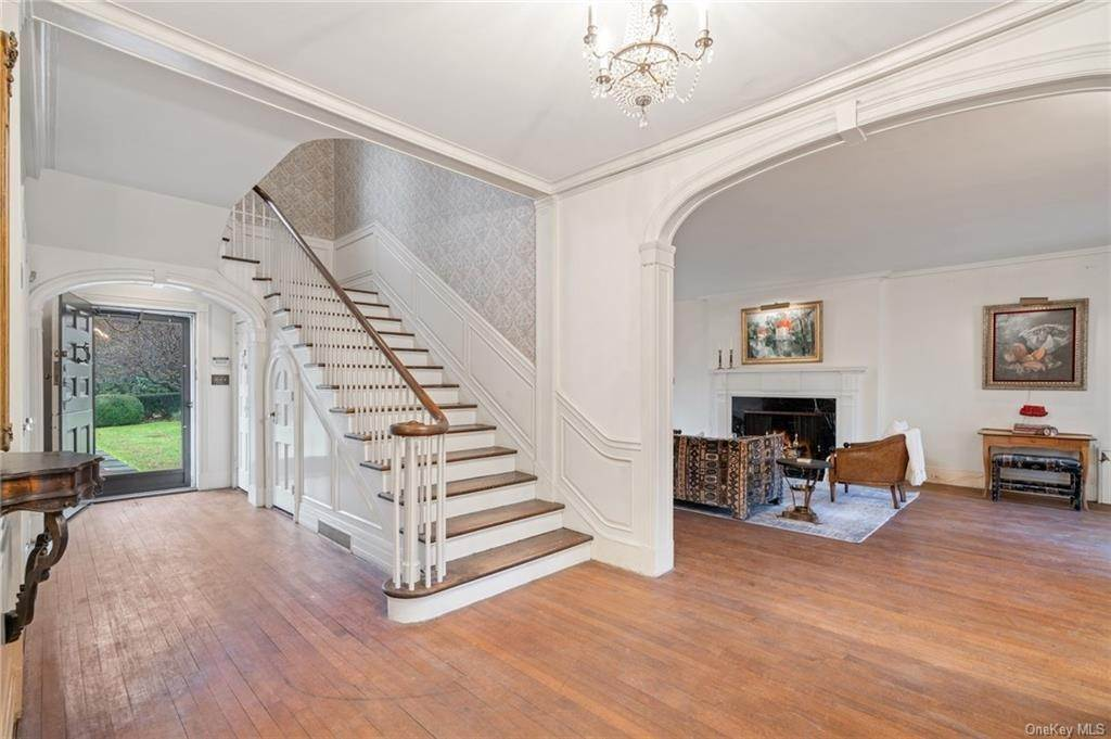 15. Single Family Home for Sale at 3 Richbell Road Scarsdale, New York, 10583 United States
