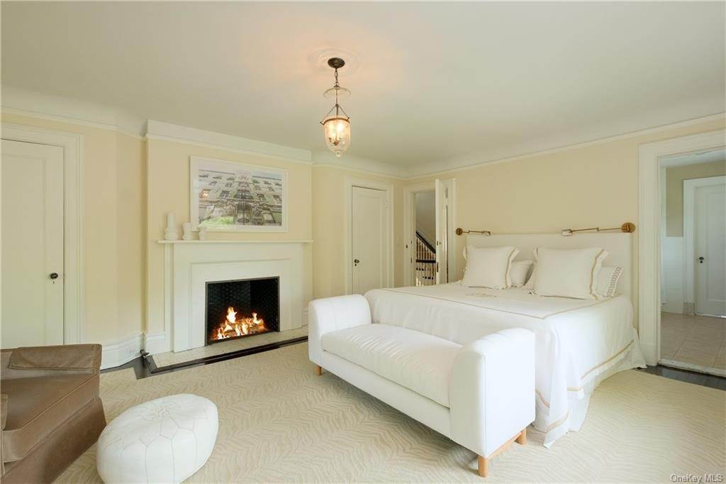 16. Single Family Home por un Venta en 2 Governors Road Bronxville, Nueva York, 10708 Estados Unidos