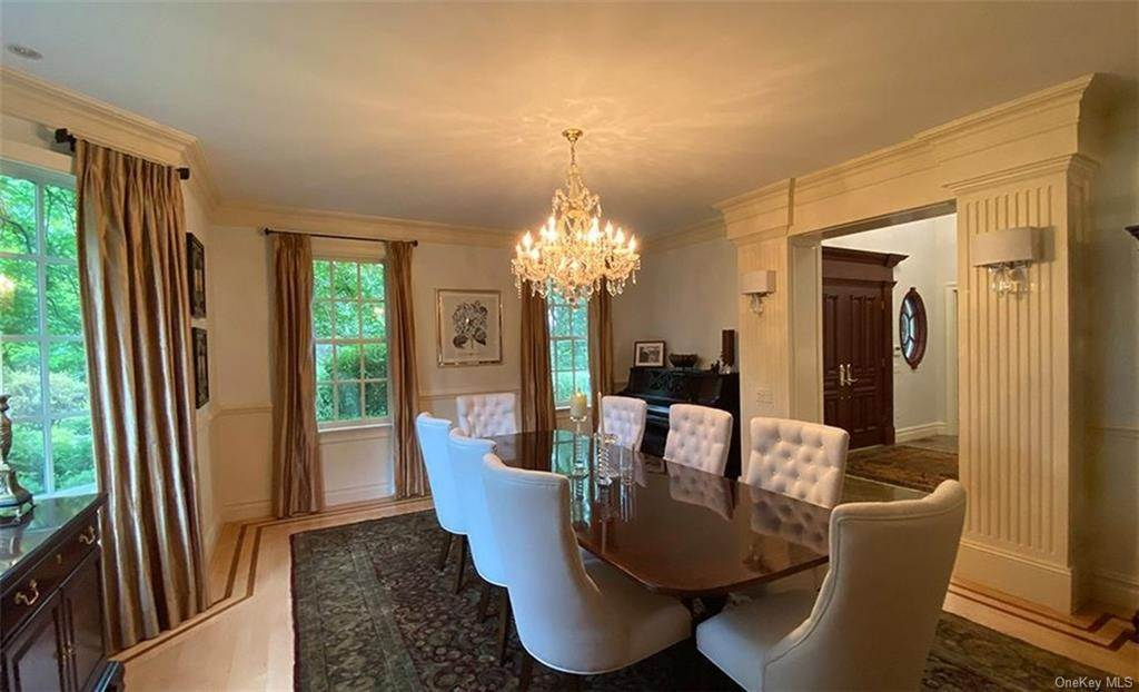 16. Single Family Home for Sale at 75 Summit Road Tuxedo Park, New York, 10987 United States
