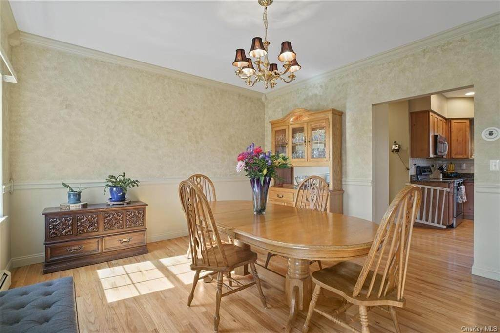 17. Single Family Home for Sale at 19 Coleman Drive Campbell Hall, New York, 10916 United States