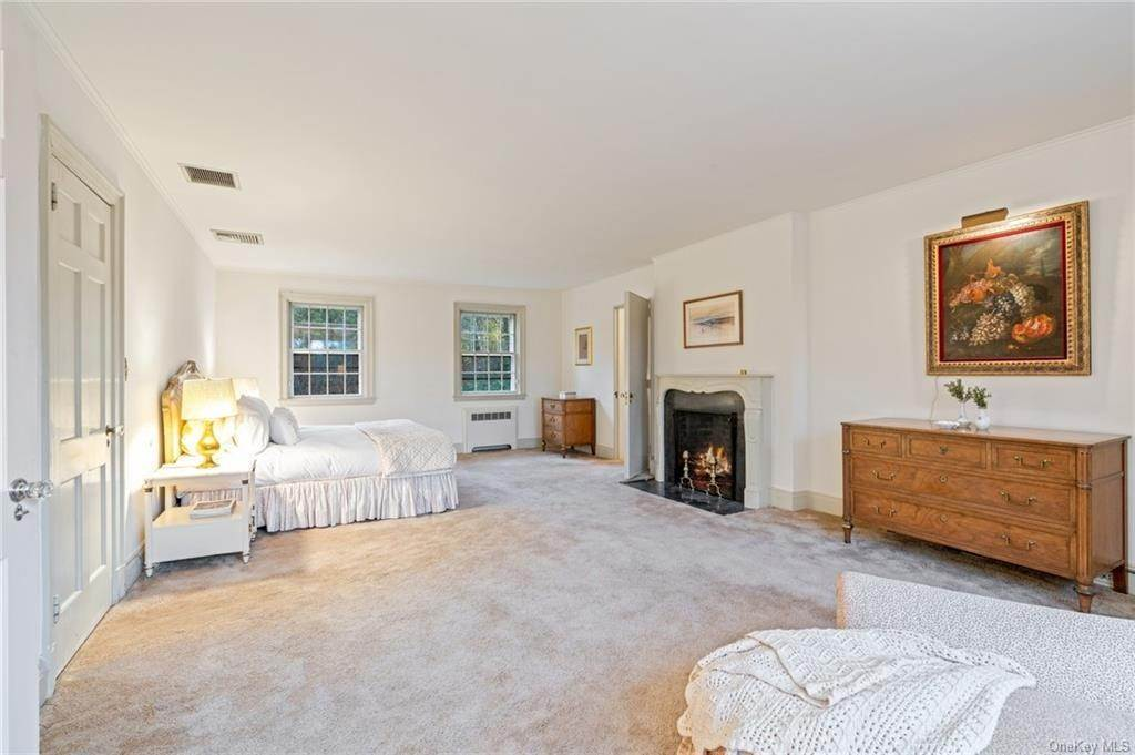 17. Single Family Home for Sale at 3 Richbell Road Scarsdale, New York, 10583 United States
