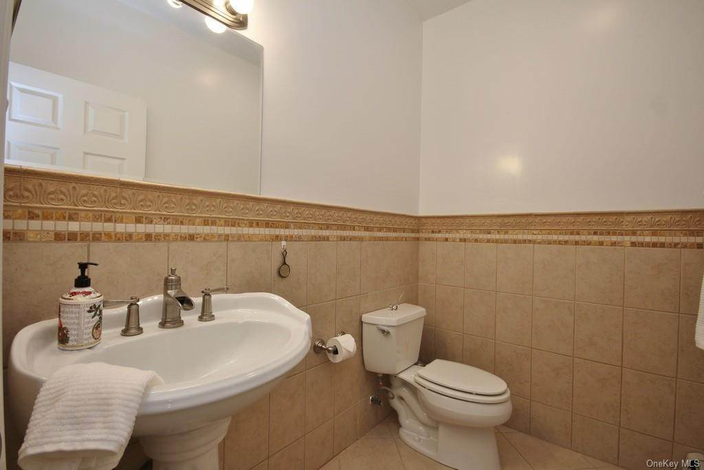 17. Single Family Home для того Продажа на 1774 Pleasantville Road Briarcliff Manor, Нью-Йорк, 10510 Соединенные Штаты