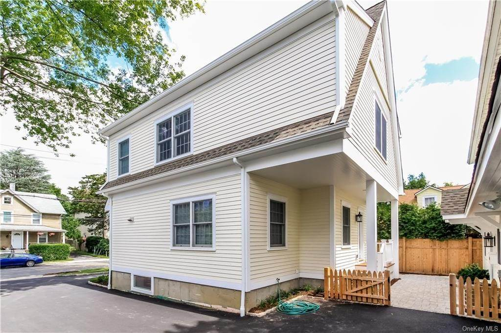 17. Rental Communities for Rent at 420 Midland Avenue Rye, New York, 10580 United States
