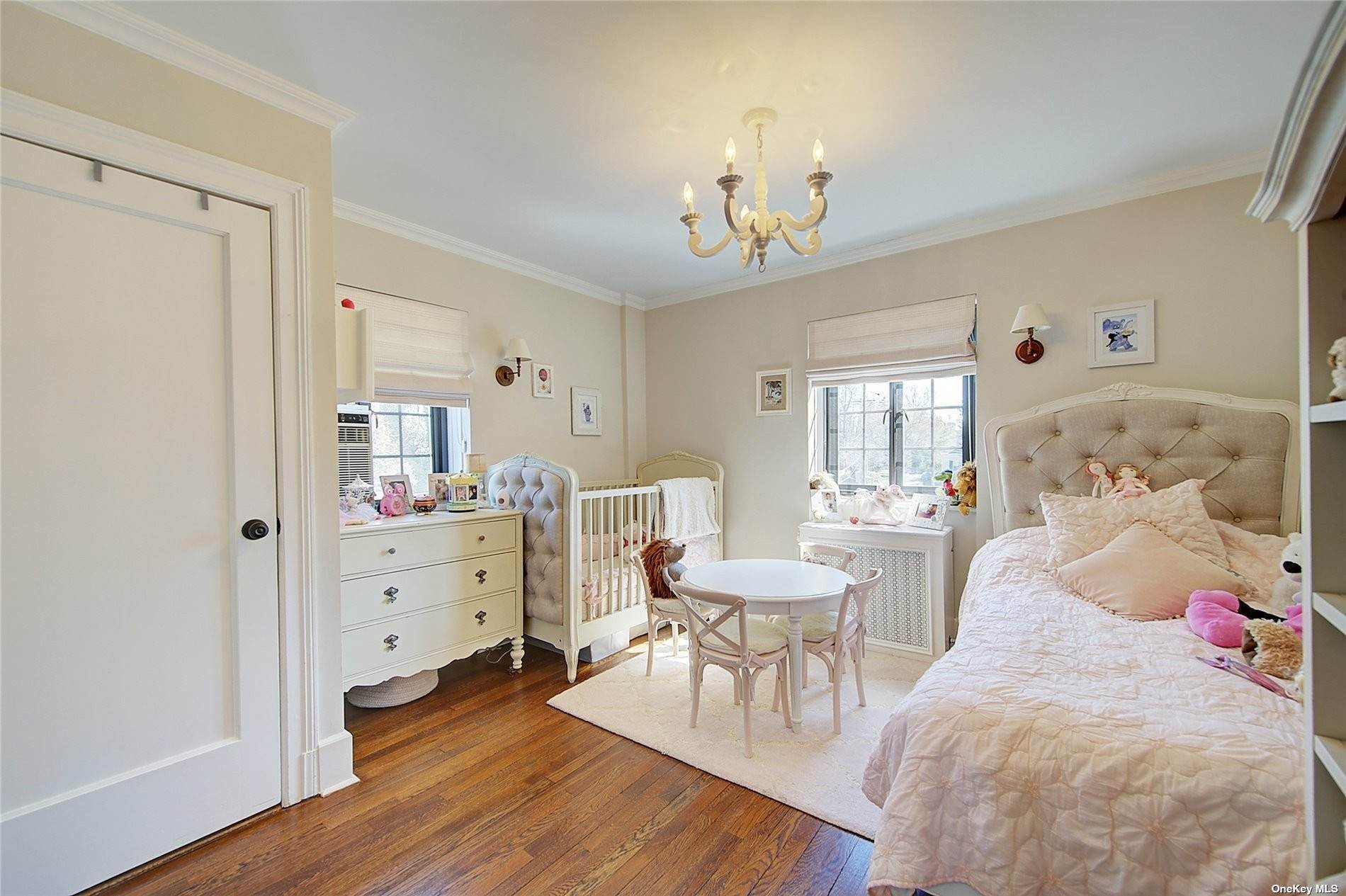 17. Single Family Home for Sale at 6 Davis Avenue Rye, New York, 10580 United States