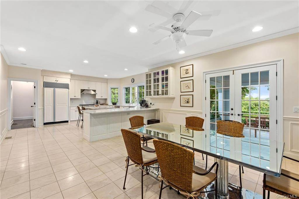 18. Rental Communities for Rent at 180 Davids Hill Road Bedford Hills, New York, 10507 United States