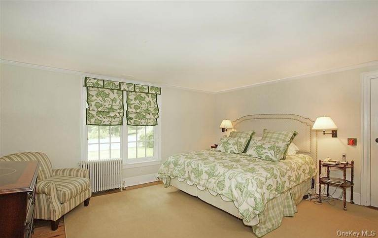 18. Single Family Home for Sale at 245 Bedford Banksville Road Bedford, New York, 10506 United States