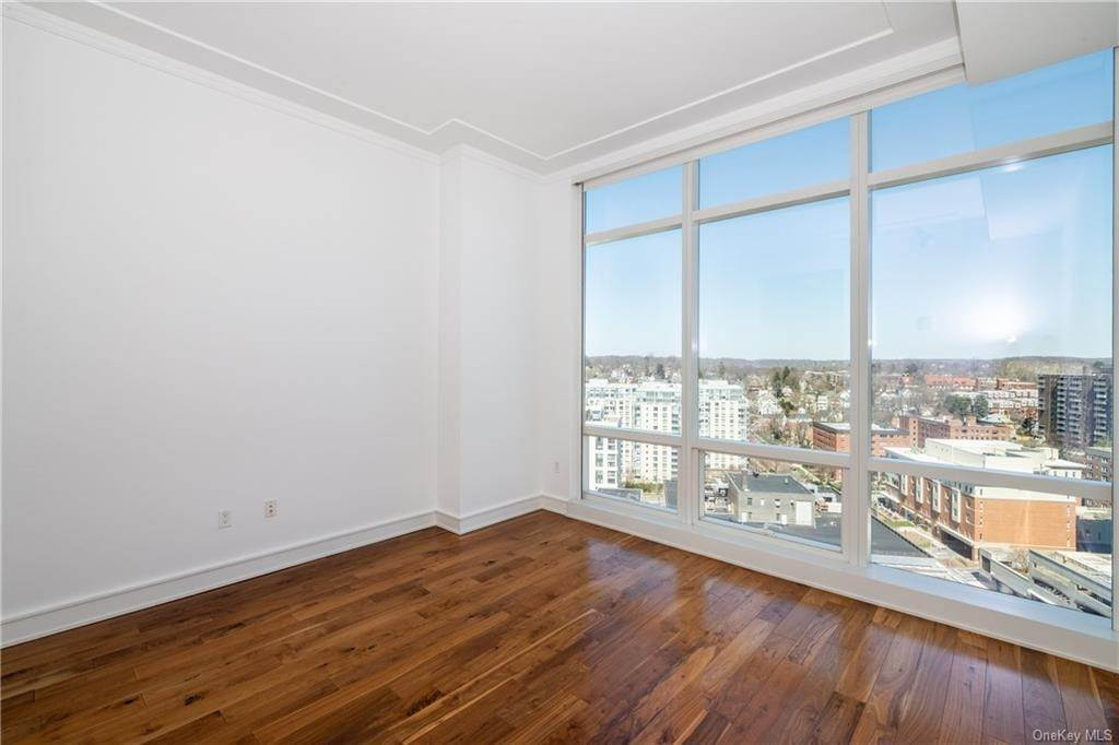 19. Rental Communities for Rent at 5 Renaissance Square White Plains, New York, 10601 United States