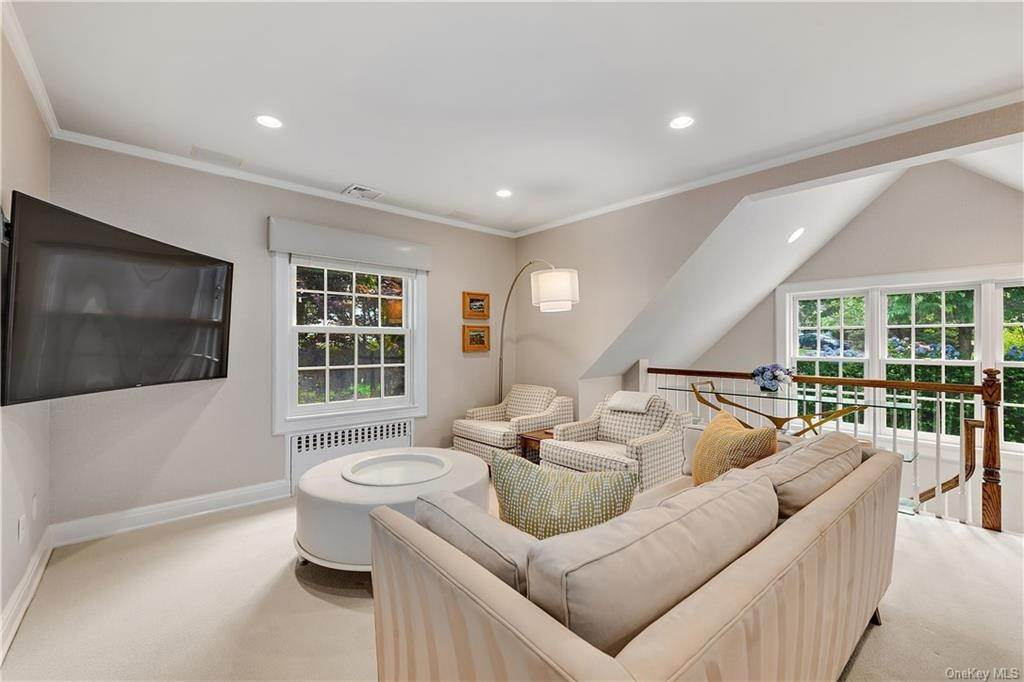 19. Single Family Home por un Venta en 25 Ridge Road Bronxville, Nueva York, 10708 Estados Unidos