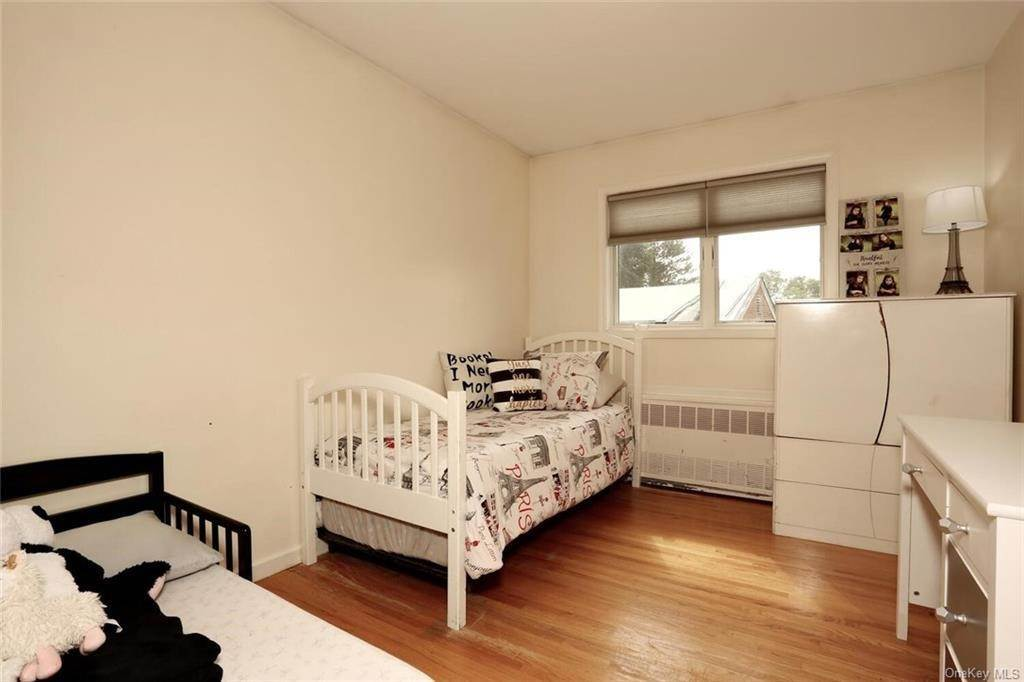 19. Single Family Home for Sale at 23 Monsey Boulevard Monsey, New York, 10952 United States