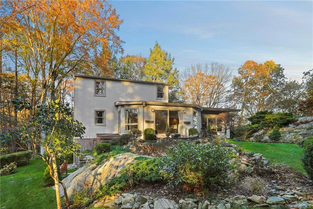 19. Single Family Home for Sale at 22 Bob Hill Road Pound Ridge, New York, 10576 United States