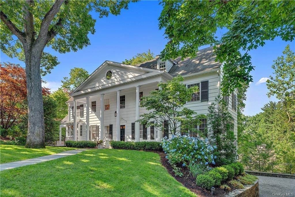 2. Single Family Home por un Venta en 25 Ridge Road Bronxville, Nueva York, 10708 Estados Unidos