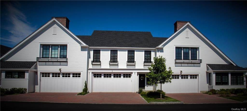 2. Single Family Home for Sale at 10 Primrose Lane Rye Brook, New York, 10573 United States
