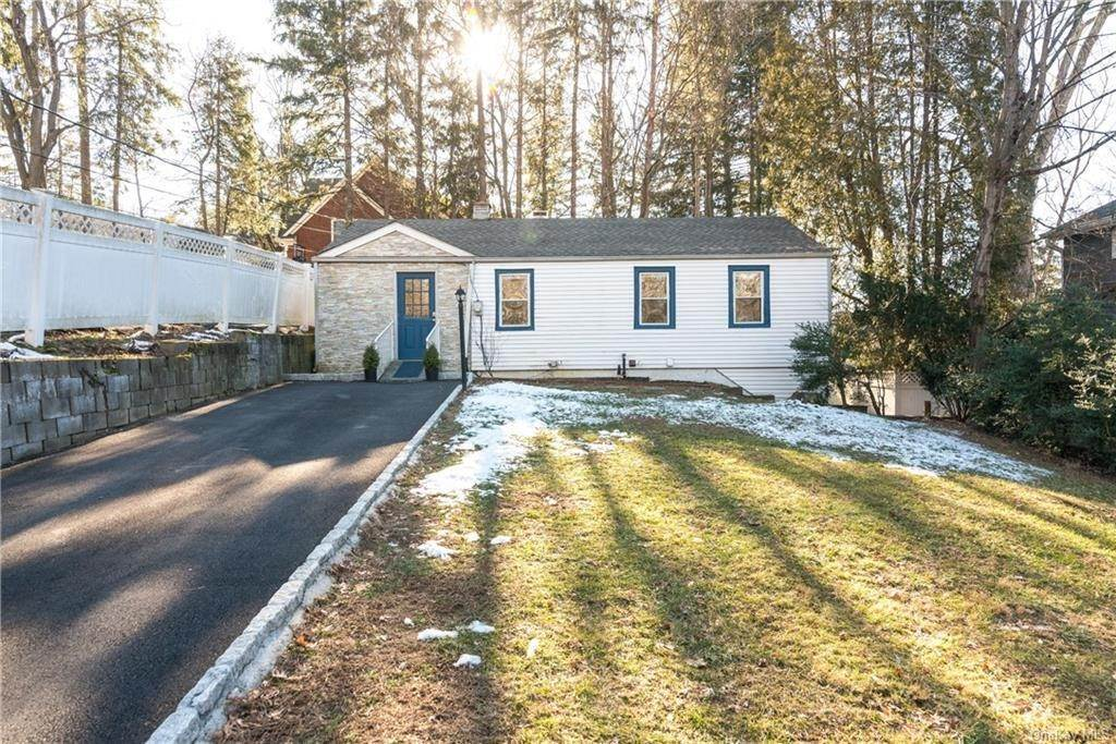 2. Single Family Home for Sale at 80 Bischoff Avenue Chappaqua, New York, 10514 United States