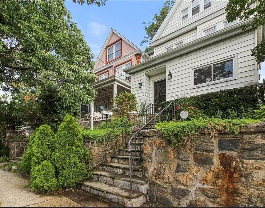 2. Single Family Home for Sale at 17 Grant Street Yonkers, New York, 10704 United States
