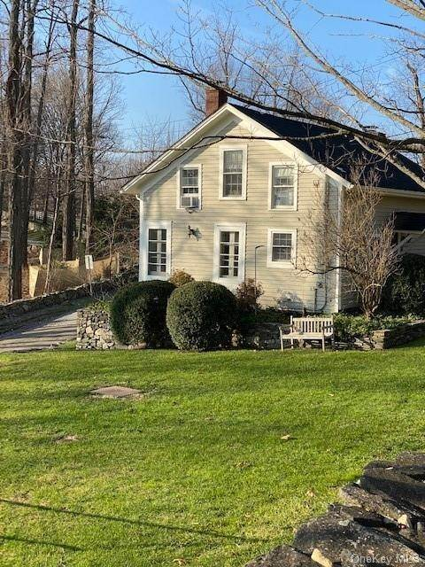 2. Single Family Home for Sale at 211 Vail Lane North Salem, New York, 10560 United States
