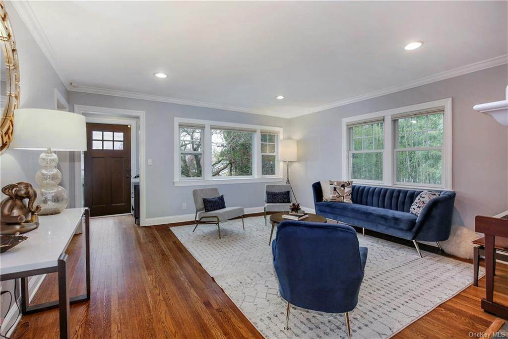 2. Single Family Home por un Venta en 200 Glendale Road Scarsdale, Nueva York, 10583 Estados Unidos