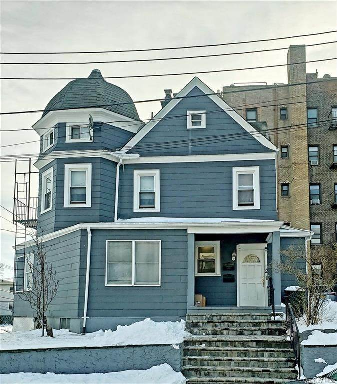 2. Single Family Home for Sale at 2 Euclid Place New Rochelle, New York, 10805 United States