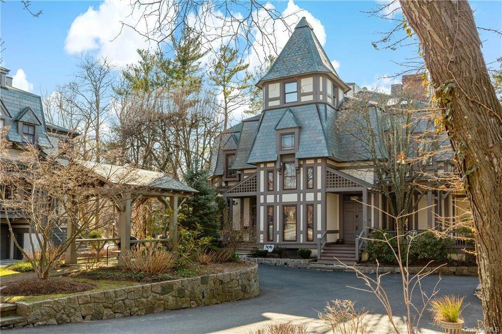 2. Single Family Home for Sale at 12 Clinton Avenue Dobbs Ferry, New York, 10522 United States
