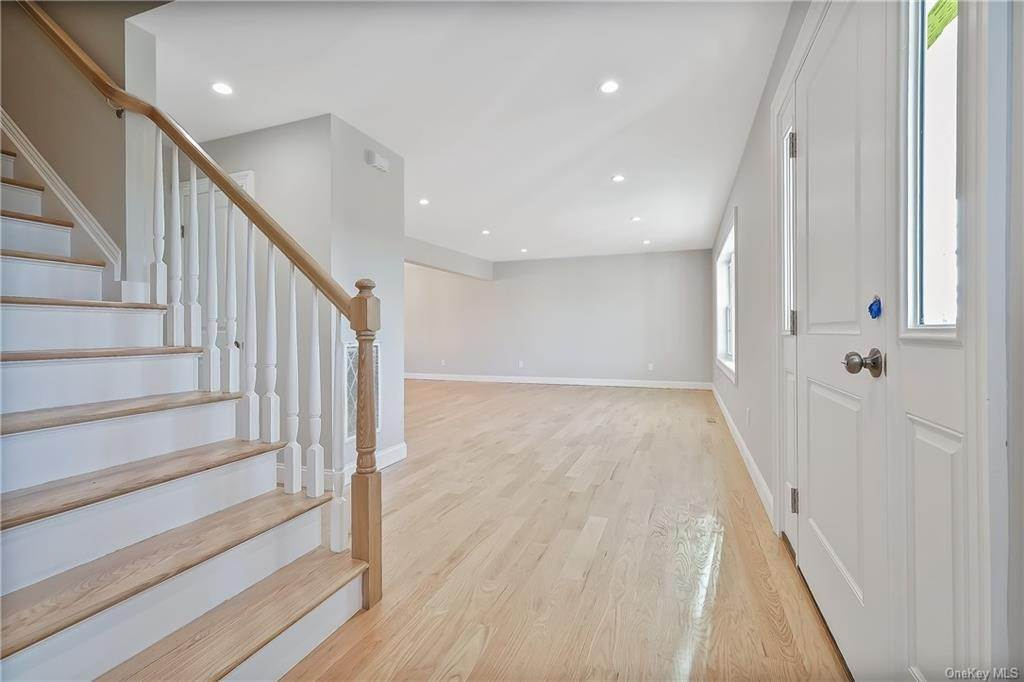 2. Single Family Home for Sale at 64 Hawkes Avenue Ossining, New York, 10562 United States